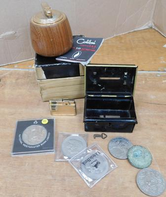 Selection of vintage items incl. boxed table top lighter and cash tin with coins