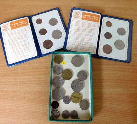 2x British first decimal coin sets & loose coins