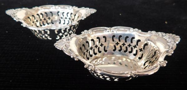2x Small silver trinket dishes marked Birks sterling