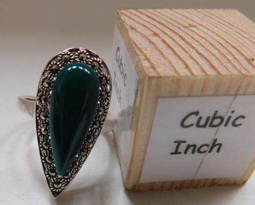 Silver green stone & marcasite ring