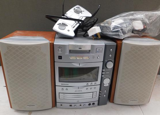 Sharp MD-CD stereo MD-X8 with speakers w/o