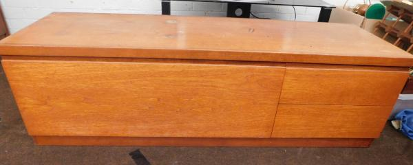 "Mid Century retro teak long sideboard (approx 60"" long) some wear to end"