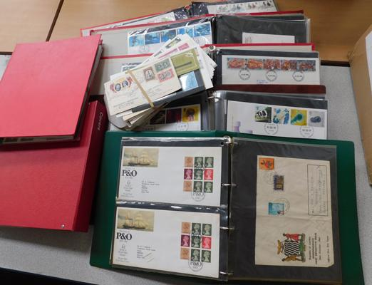 Large collection of First Day Covers, 7x albums and loose stamps