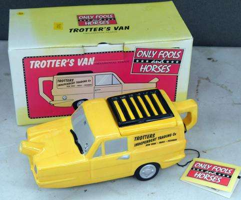 Collectable Only Fools and Horses teapot (no damage found)
