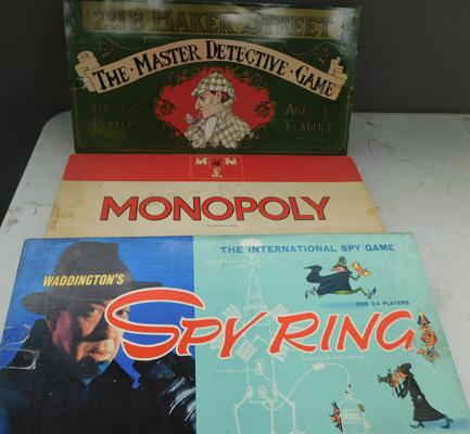 Three vintage board games (not checked)