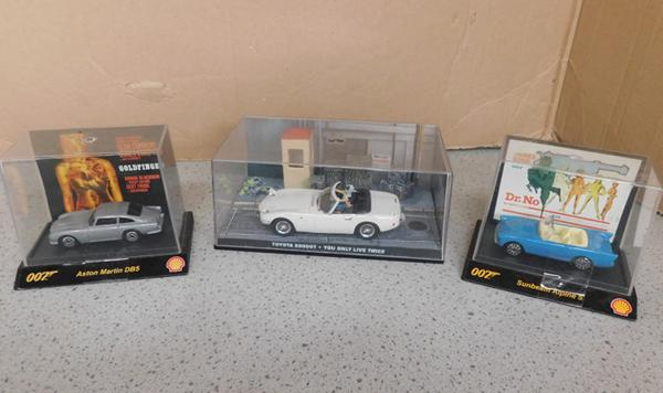 3 x James Bond collectable cased vehicles