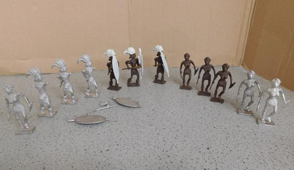 Collection of steadfast white metal warriors 12 figures c1950-some arms off