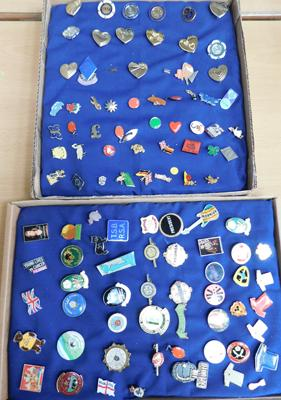 Large assortment of badges, some enamelled