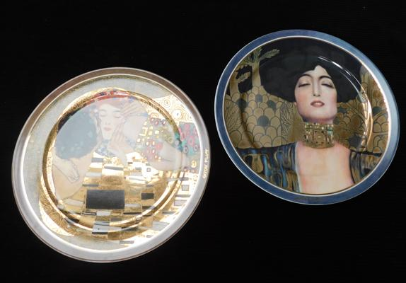 "Pair of Goebel plates by Gvstav Klimt, Judith 1 Ltd Ed 174/2000 and Der Kub 1395/2000 in one box (both approx 13"" diameter) i"