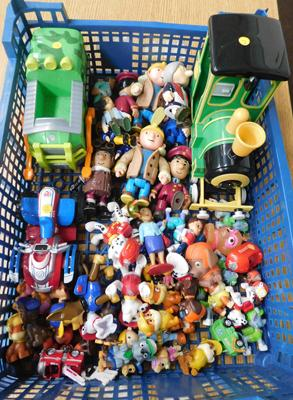 55x Paw Patrol/Bob the Builder/ Postman Pat figures + 3 vehicles