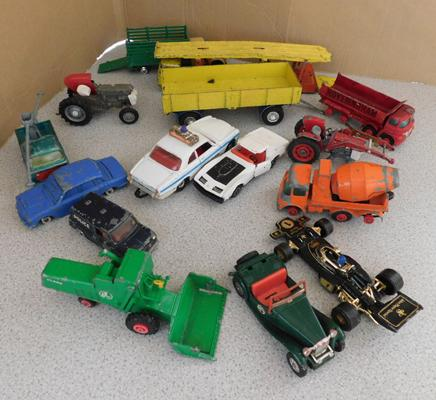 Collection of 1970s Dinky, Corgi, kingsize