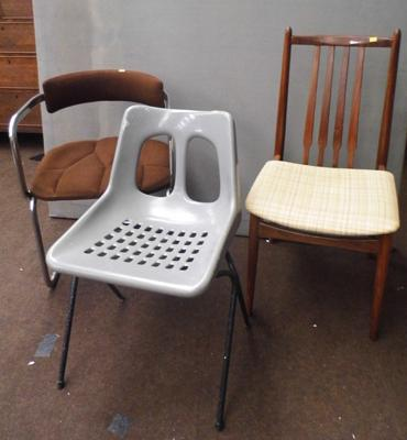 3x Assorted retro chairs