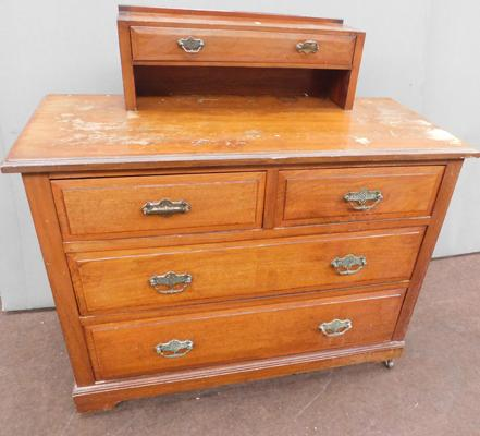Vintage two over two chest of drawers
