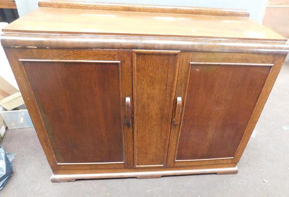 Vintage oak cabinet with inside drawers