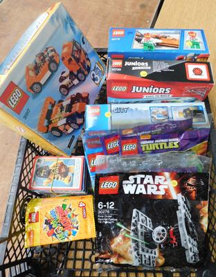 Lego-4 boxes sealed + 6 sealed polybags + over 200 cards