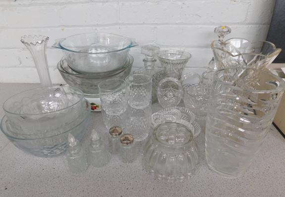 Large selection of glassware
