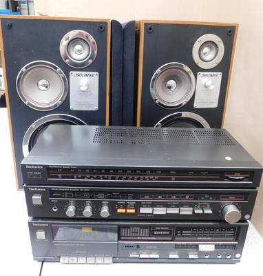 Techniques tuner, amplifier & cassette + Solavox speakers w/o