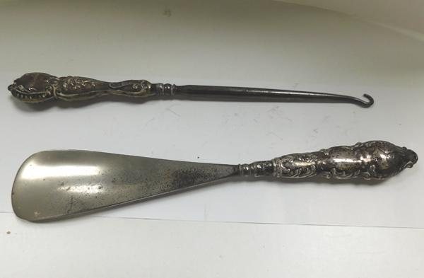 Antique silver button hook & shoehorn-shoehorn has Reynolds angel