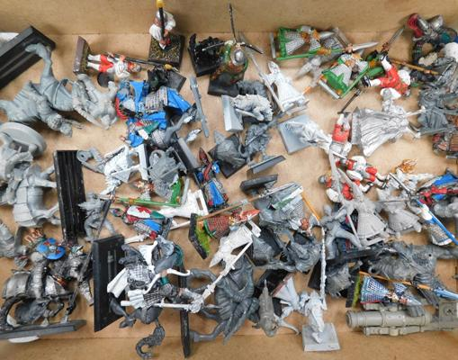 Collection of painted/un-painted Warhammer figures inc 2 metal