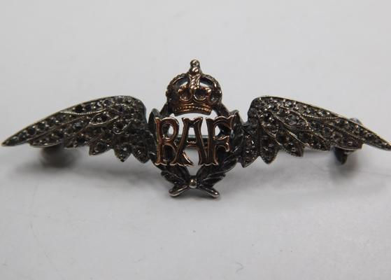 White & yellow metal, whitestone encrusted WW2 era RAF sweetheart brooch