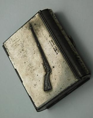 Unusual slide opening rifle cigarette case with patent number 8295/15