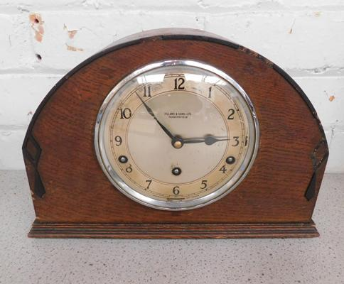 Large vintage mantle clock Fillans & sons Ltd, Huddersfield needs key w/o