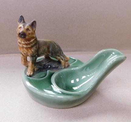 Wade pipe stand with Alsatian
