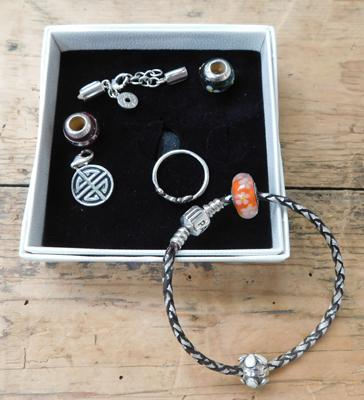 Silver Pandora bracelet, 2 charms, Pandora ring, 3x Lovelinks charms, Thomas Sabo charm-all genuine
