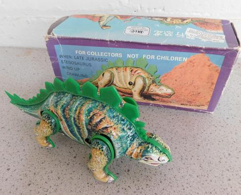 Vintage 1970s tin plate, clockwork roaming dinosaur with box & key, W/O, approx. 6 inches