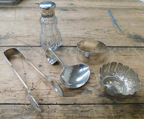 Selection of antique/vintage sterling silver (110g silver not inc glass) tongs/bowl/spoon/napkin ring etc