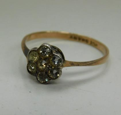 9ct Gold vintage ring-white stones set in silver size L