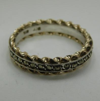 9ct Gold & silver marcasite full eternity ring size O3/4