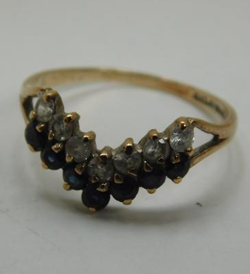 9ct Gold sapphire & white stone wishbone ring size O