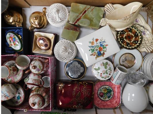 Collection of china, jewellery boxes + trinkets, Wedgwood, R. Bradwell, Maling, Minton