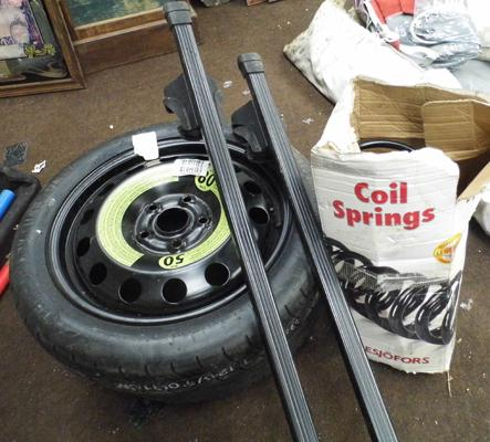 Space saver R16 tyre & wheel, roof bars, spring, tyre (R17)