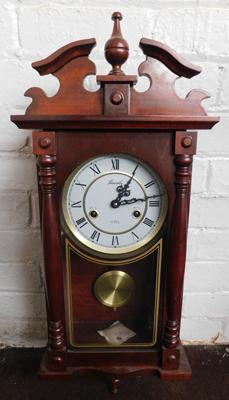 Lincoln 31 day long cased clock-no key