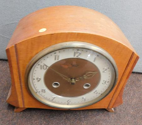 Smith of Enfield mantle clock