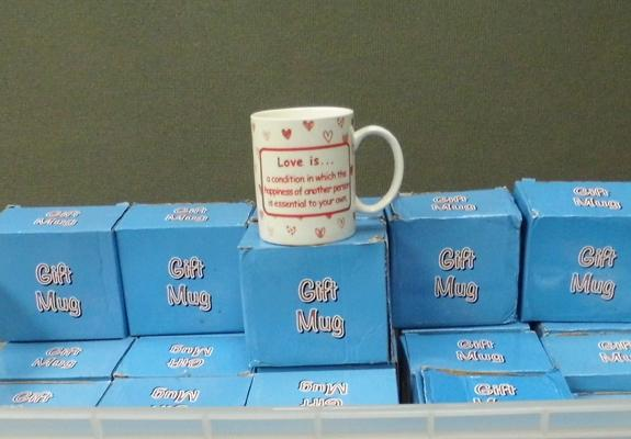 Box of gift mugs