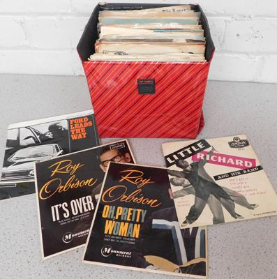 Case of mixed singles/EPs incl. Roy Orbison, Little Richard
