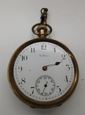 Waltham Travellor gold plate pocket watch for spares & repairs