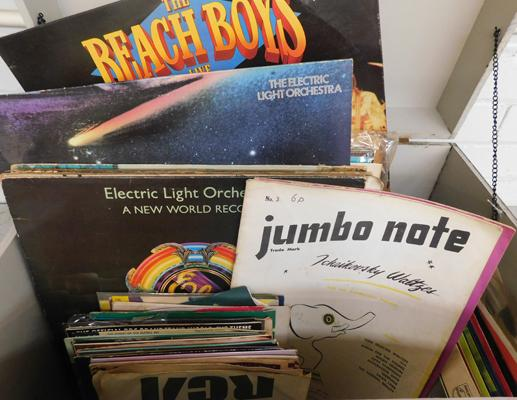 Good selection of singles, EPs & LPs