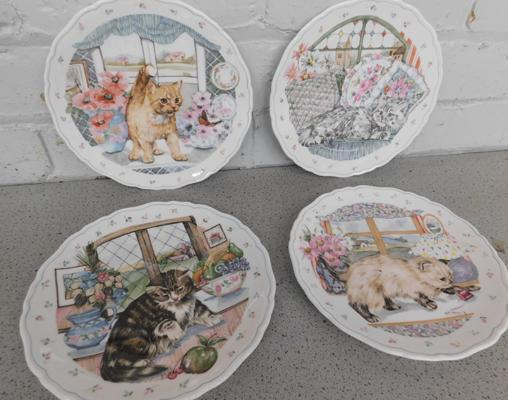 Set of 4 Royal Albert Country Kitten Collection plates. (series of 4) No damage found