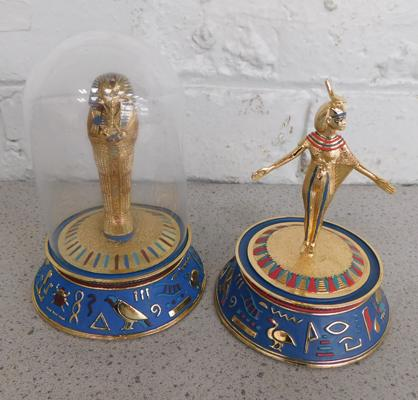 2 Franklin Mint Collectables (only one with dome)