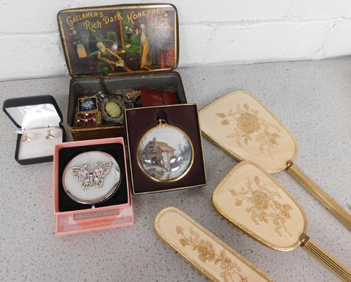 Selection of vintage items and costume jewellery