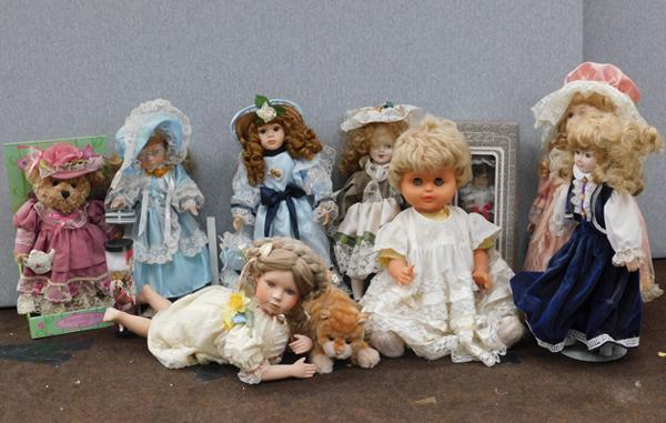 Collection of vintage style collectors dolls