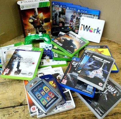 PS4 games + XBox games (approx. 20) plus controller