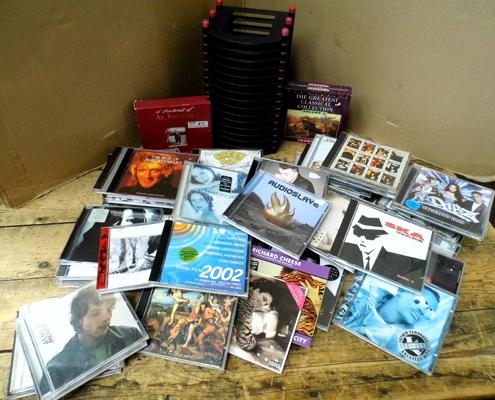 Box of CDs, approx. 50 with CD rack