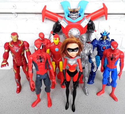Large assortment of Marvel figures