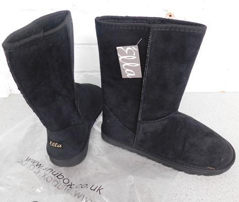 Pair of Ella boots - size 7/40 furlined with buttons on. New and unused