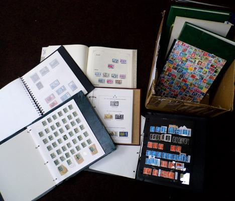 12 stamp albums/stockbooks of GB and World Stamps